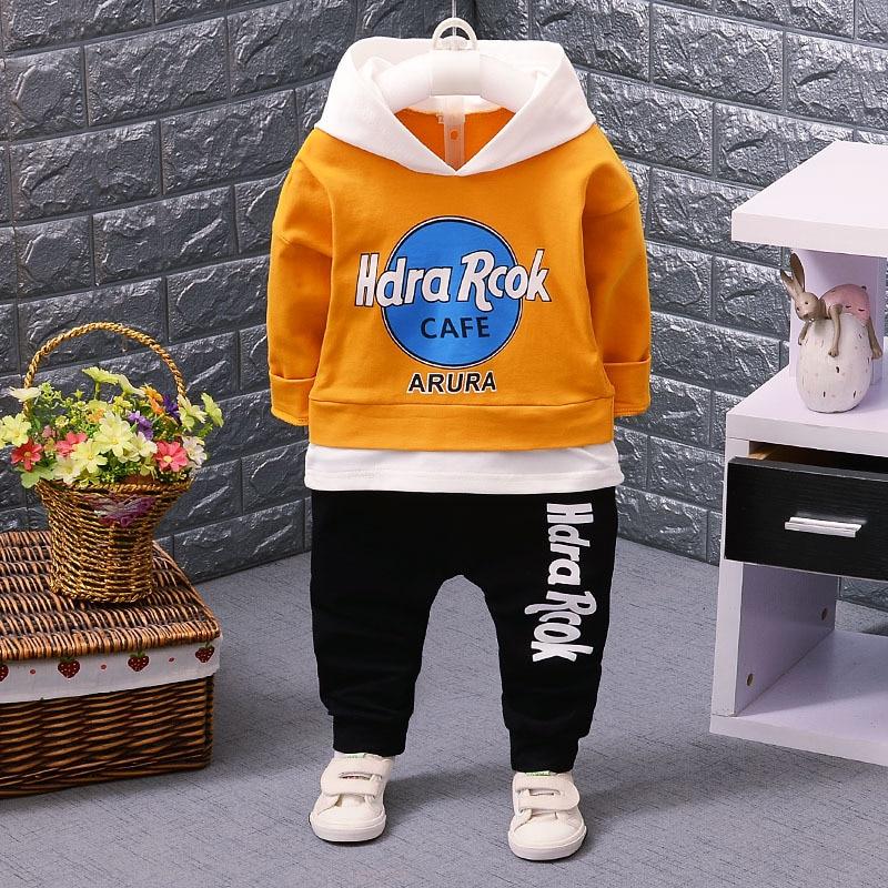 Boys Clothing Set 2017 New Baby Boy Cartoon Letter Hooded Hoodies + Sport Pants Two Piece Set Sport Suit Boy Sweatshirt for boy