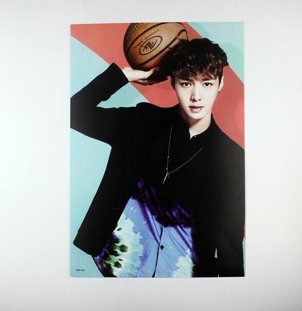 8 Random (42x29cm) Exo Poster