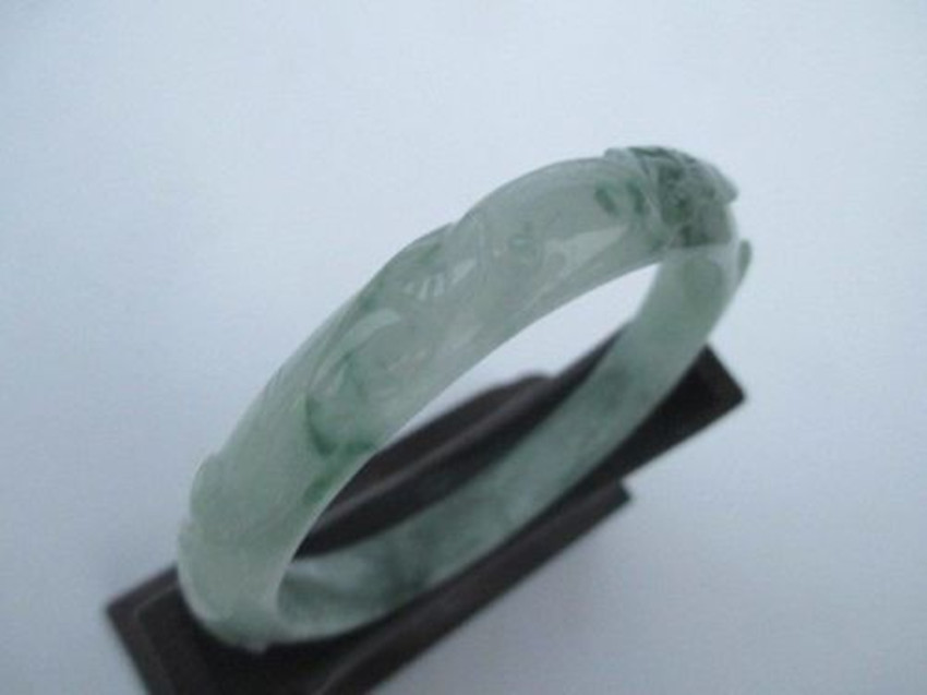 5.5cm * / 100% natural stone hand carving, myanmar bracelet, too/3 Send boxes and certificates