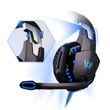 цена на Game headsets stereo Surround sound effect super bass line control HD MIC Professional E-sport headphones smart noise reduction
