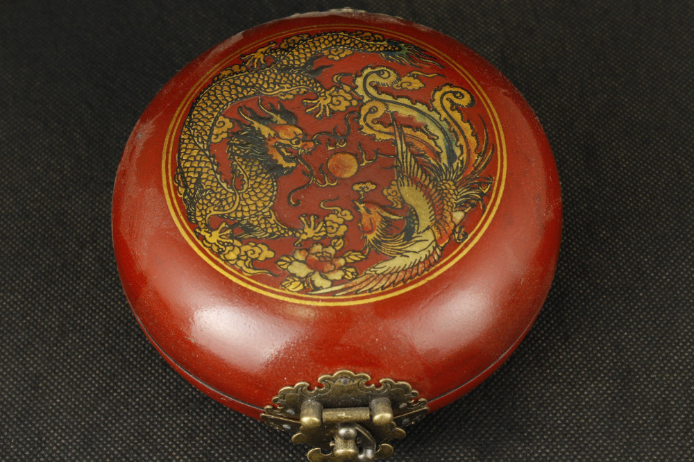 Leather can collect old hand painted dragon phoenix compass, feng shui box metal handicraft