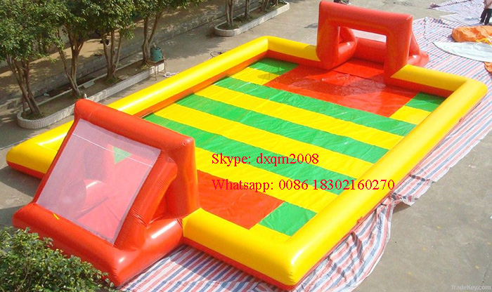 2016 giant inflatable water football pitch/ inflatable sports game /inflatabl pool for football playing for kids