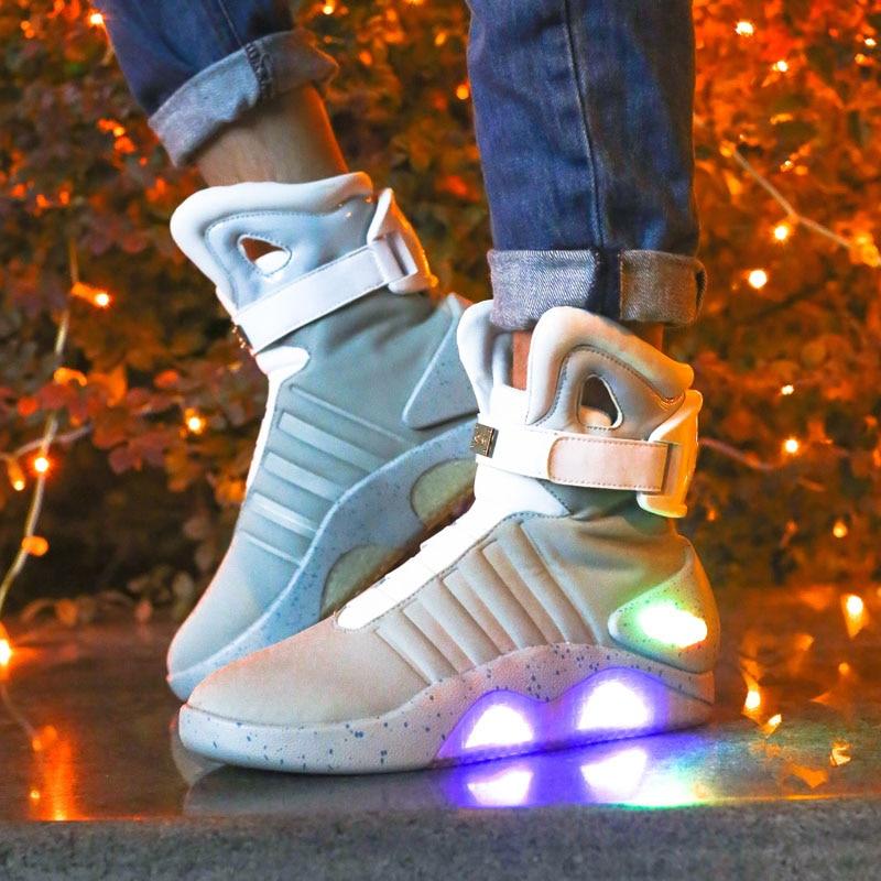 أزياء حذاء رجالي مصباح LED متوهج رياضة الإضاءة أحذية جديد الرجال الأحذية مضيئة مشرقة مضيئة الدافئة حذاء رياضة مع من ligh-في أحذية برقبة أساسية من أحذية على  مجموعة 1