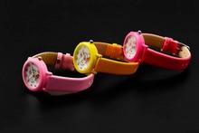 New arrived cartoon quartz watch hello kitty fashion wristwatch for kid