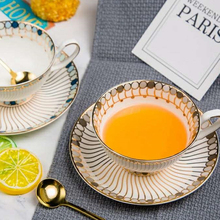 Nordic high quality Bone china coffee cup and saucer Luxury Phnom Penh Cup British afternoon Tea Cups Sets Home Party  Drinkware