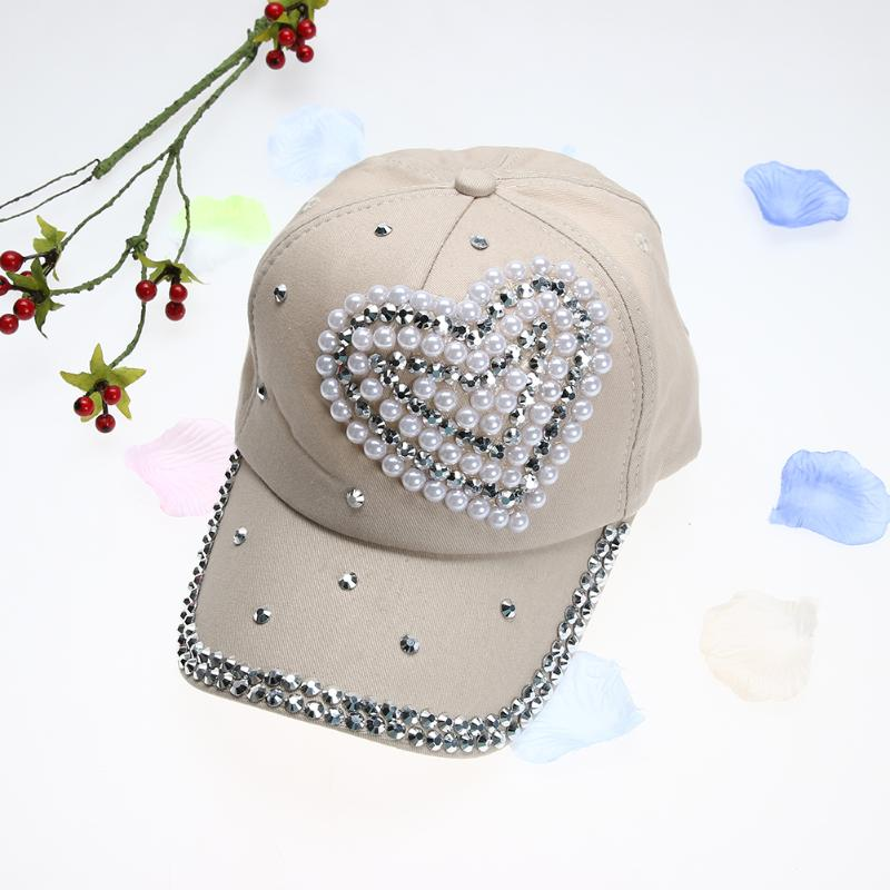 Women Rhinestone Baseball Cap Lady Heart Shape Bling Bling Diamond Hat  Children Girl Gorras Snapback Hip Hop hat Casquette-in Baseball Caps from  Apparel ... e6eb6ef0a670