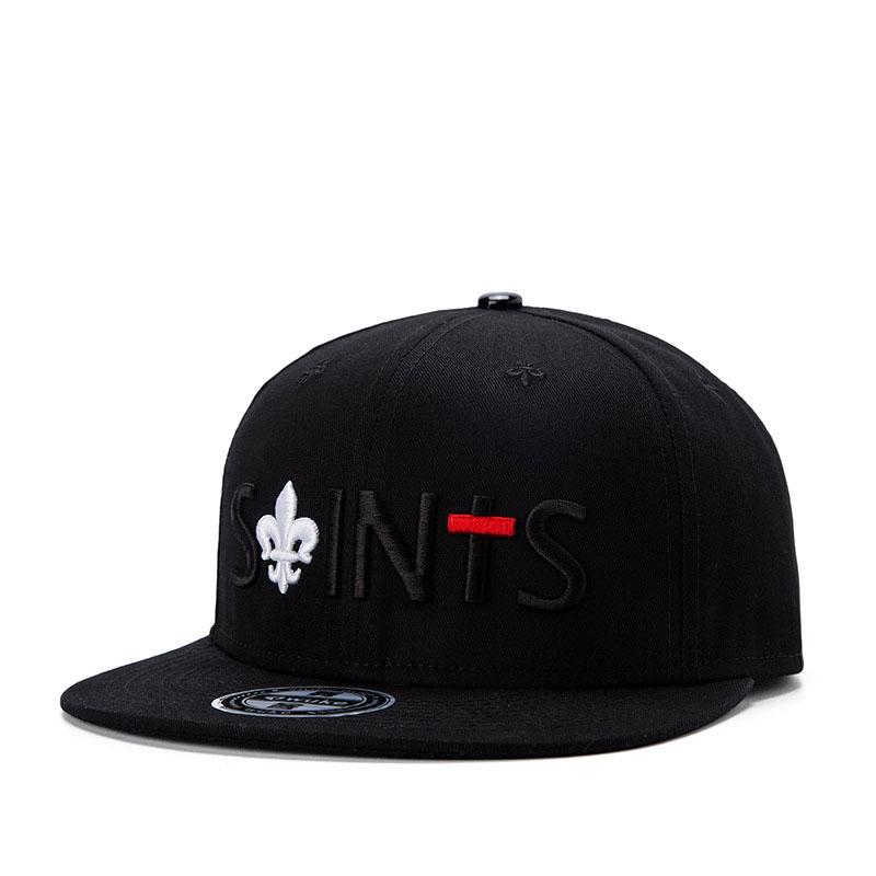 black snapback hat black
