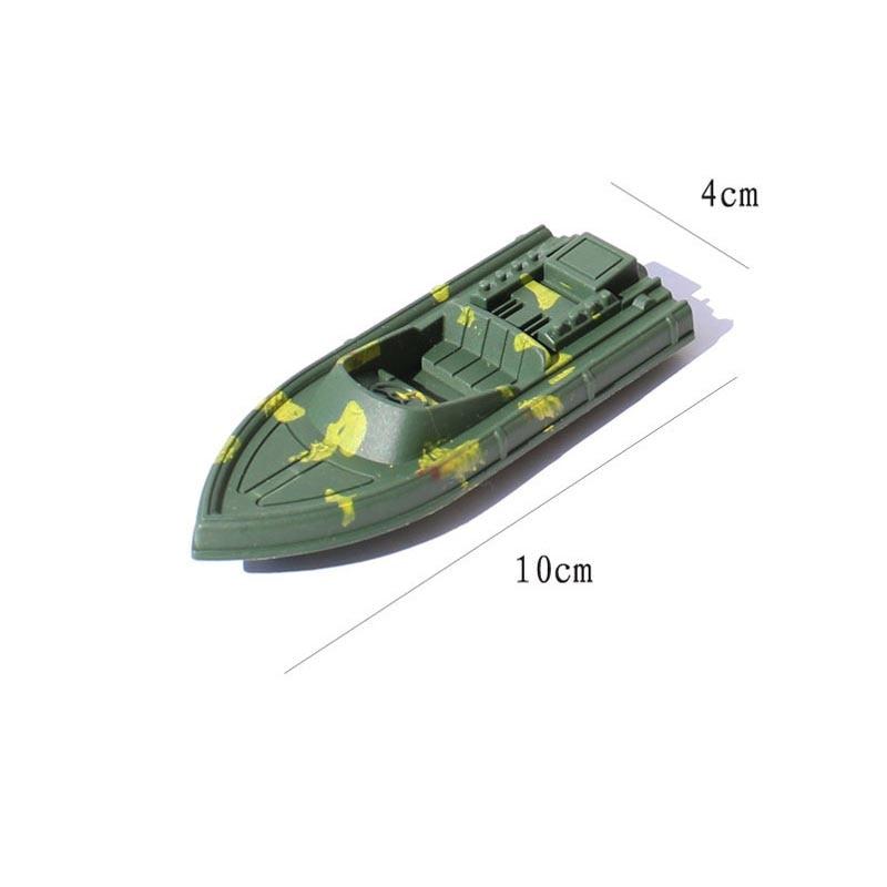 4ピース/セットアーミーグリーンボート軍事シミュレーションモデル軍事ボートプラスチック部品航海機器ノスタルジックおもちゃ送料無料