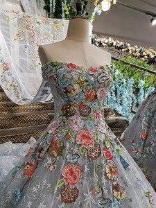Image 4 - LS00147 długa suknia 2020 lace up powrót aplikacje szary matka córka suknie z odpinanym cape vestido longo de festa