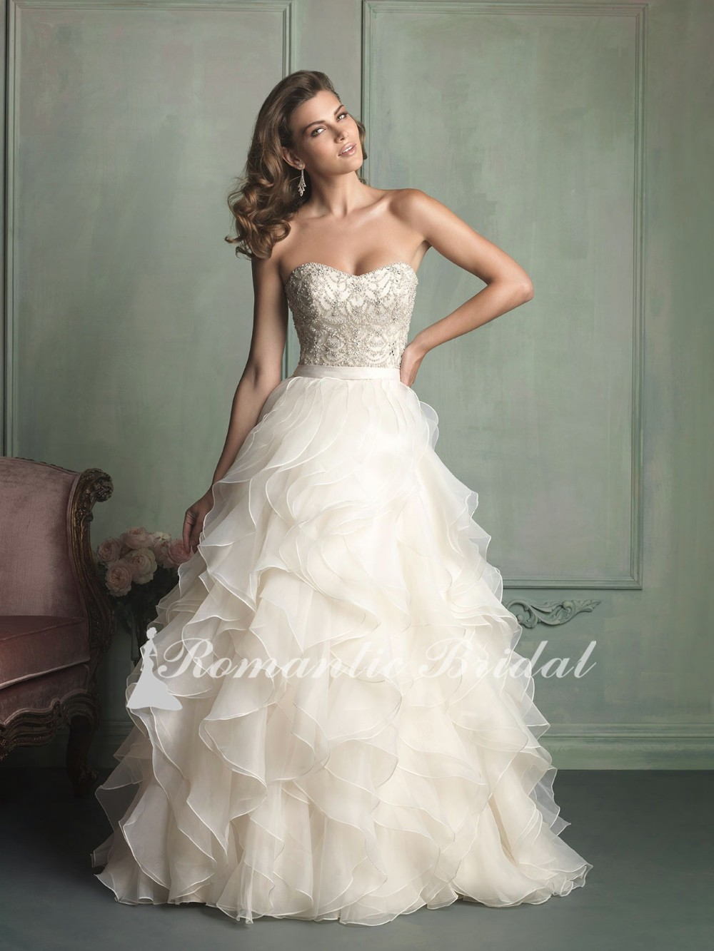 0010 Stunning Sweetheart Gown Champagne Organza Floor Length Ruffled Layer Beading  glitter wedding dresses 9673ab0076fd