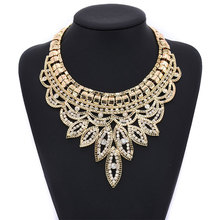 Alloy Silver Plated Leaf Vintage Necklace Rhinestone Exaggerated Short Clavicle Chain Boutique