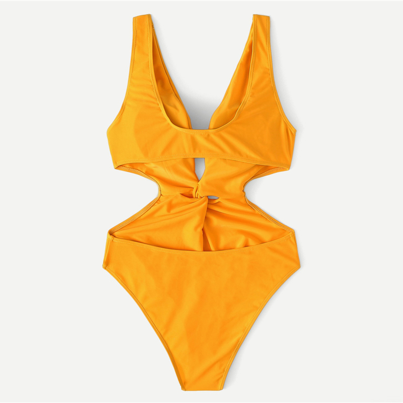 Cut-Out Twist One Piece Swimsuit 7