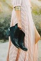 Для женщин Винтаж пастушка отвечает Boho искать Подпись кактус Роза сапоги с травленого металла пятка и носок Шапки платье