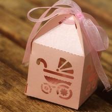 KAZIPA 50 pcs Bebê carriag Corte A Laser Rosa Romântico DIY Caixas Dos Doces Caixa de Presente para o Chá de Bebê da Festa de Aniversário Favor + fita