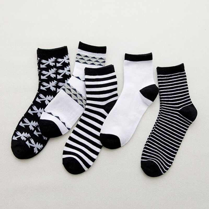 5Pairs/lot Fashion Stripe Cotton Men Socks Long Crew Socks Man Casual Sport Funny Socks Autumn Winter Calcetines Homme