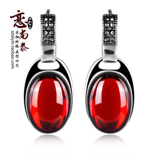 Plata de Ley 925 piedras semi-preciosas Granate rojo Retro Stud Pendientes accesorios de la joyería femenina regalo de cumpleaños novia