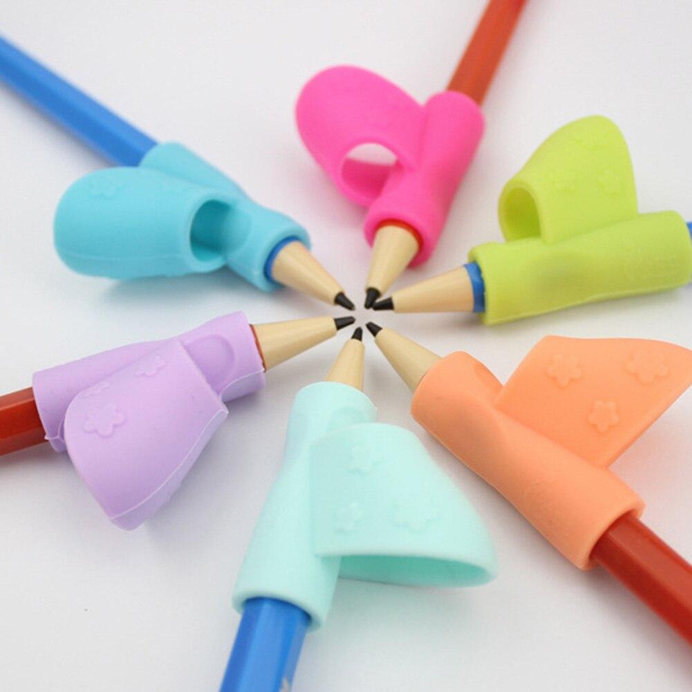 Цвет случайный силиконовые ребенка обучающие игрушки письменная осанка инструмент держать ручку коррекции Канцелярский набор образовани...