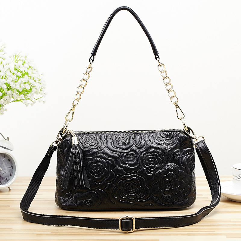 2017 New Arrival Oil wax Genuine Leather Women Handbags Fashion floral embossed Crossbody Bags Female Handbag Trend Bag Bolsas aetoo 2017 new arrival oil wax genuine leather women handbags fashion embossed crossbody bags female handbag trend bag bolsas