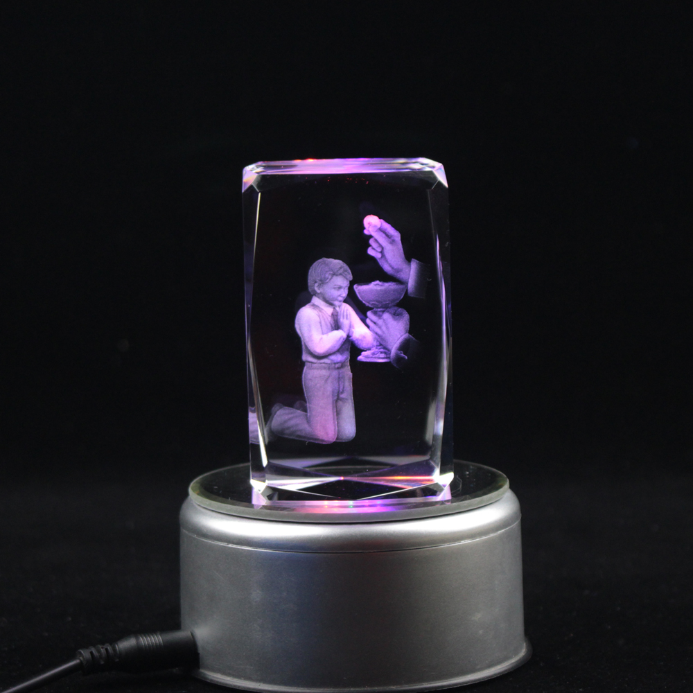 Colorful Crystal Engraving 3D Photo Cube Holy Communion Souvenirs Gifts With Led Light Base