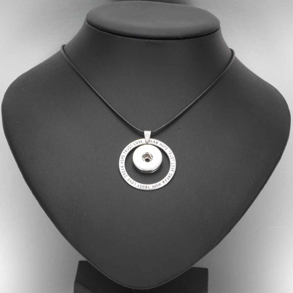 DZ0349 New arrivals Round snap button Pendant Necklace Genuine Leather Link Chain Necklaces Trendy Jewelry