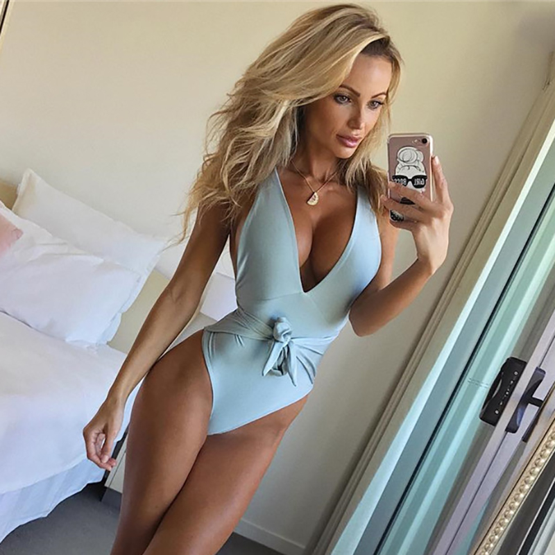 2018 Sexy OnePiece Swimsuit Women Swimwear Beach Bodysuit Bandage Cut Out Beach Wear Bathing Suit Plus Size Swimsuit Solid Color