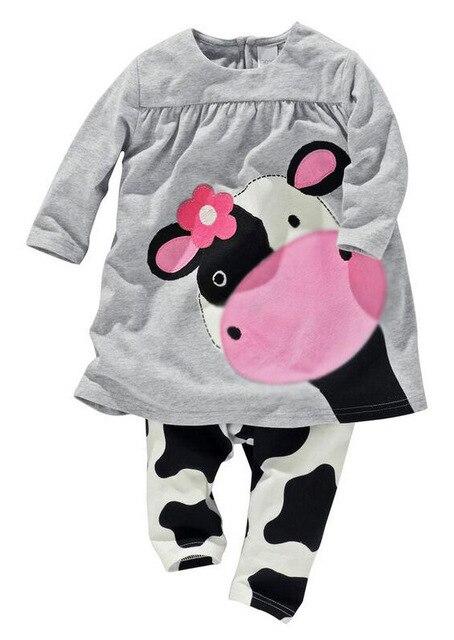 Vendita calda della neonata vestiti del bambino ragazze due pezzi set del  cotone del fumetto mucca ea3608b52c3