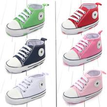 Nowe płótno klasyczne sportowe trampki noworodek Boys Girls First Walkers buty niemowlę Toddler Soft Sole antypoślizgowe buty dziecięce tanie tanio Dziecko Płytkie MUPLY Pasuje do rozmiaru Weź swój normalny rozmiar Unisex Wszystkie sezony Cork Sznurowane Stałe Płótnie