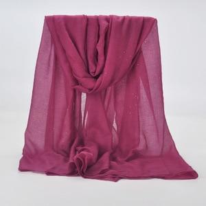 Image 5 - 20 kolor 2019 nowe zimowe kobiety czarny granatowy jednolity kolor muzułmański hidżab Shimmer Glitter szalik Wrap kobieta 90cm * 180cm