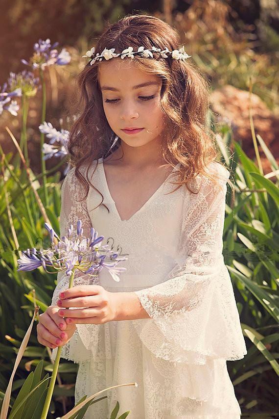 2019 ivory Lace Princess Communion Dresses for Girls Sheer Long Sleeves Boho Flower Girl Dress for Wedding Beach Pageant Dress