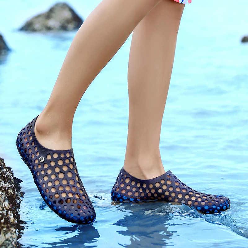 2019 ฤดูร้อน Men Beach สันทนาการชายกีฬา Breathable กลางแจ้งรองเท้าแตะรองเท้าผ้าใบเดิน Wading ชายรองเท้าน้ำ