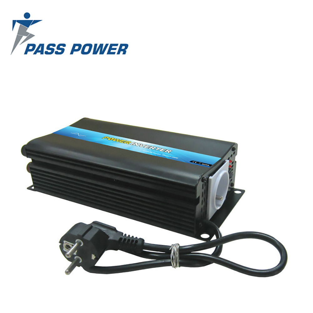 цена на 300W DC 12V to AC 110V Off-Grid Solar Inverter with Built-in Battery Charger 12v5a Made in China