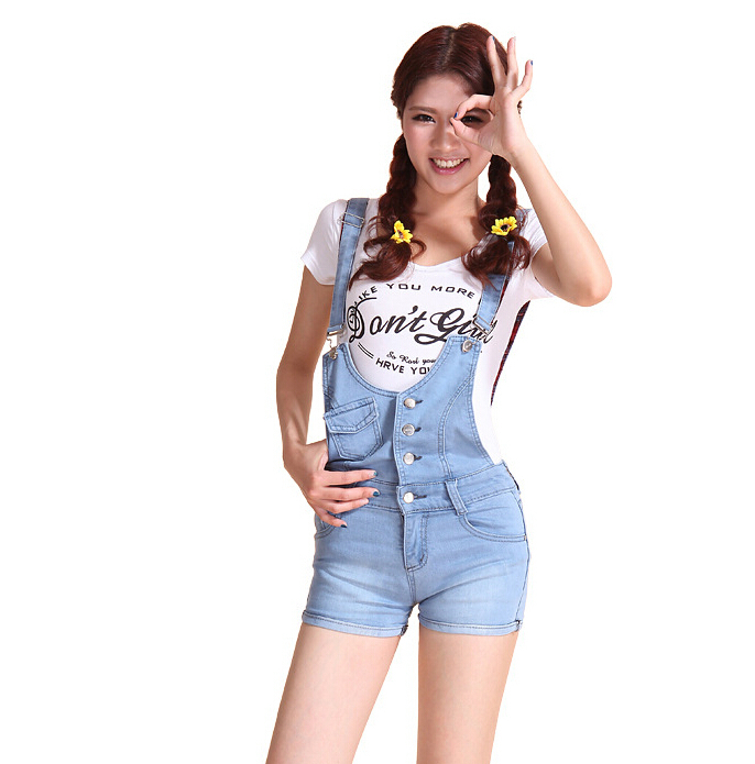 2015 new summer denim shorts strap piece pants light blue  fashion denim shorts student Jeans Jumpsuits Rompers fashion overalls