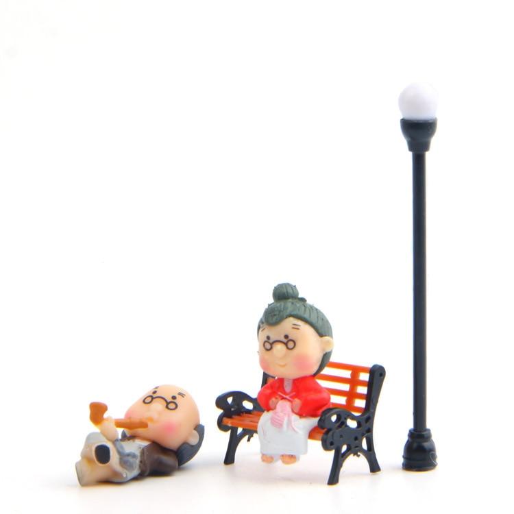 4PCS/Hot selling old couple/Romantic couple/Relex scene/ Romantic scen garden gnome/terraium decoration/resin crafts/bonsai/DIY/