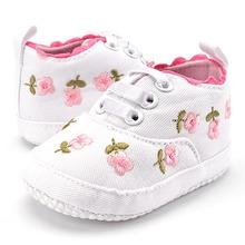 Baby Girl buty biała koronka kwiatowy haftowane miękkie buty Prewalker Walking Toddler dzieci buty Darmowa wysyłka tanie tanio Dziecko First Walkers MUPLY Wiosna jesień Dziewczynka Pasuje do rozmiaru Weź swój normalny rozmiar Tkanina bawełniana