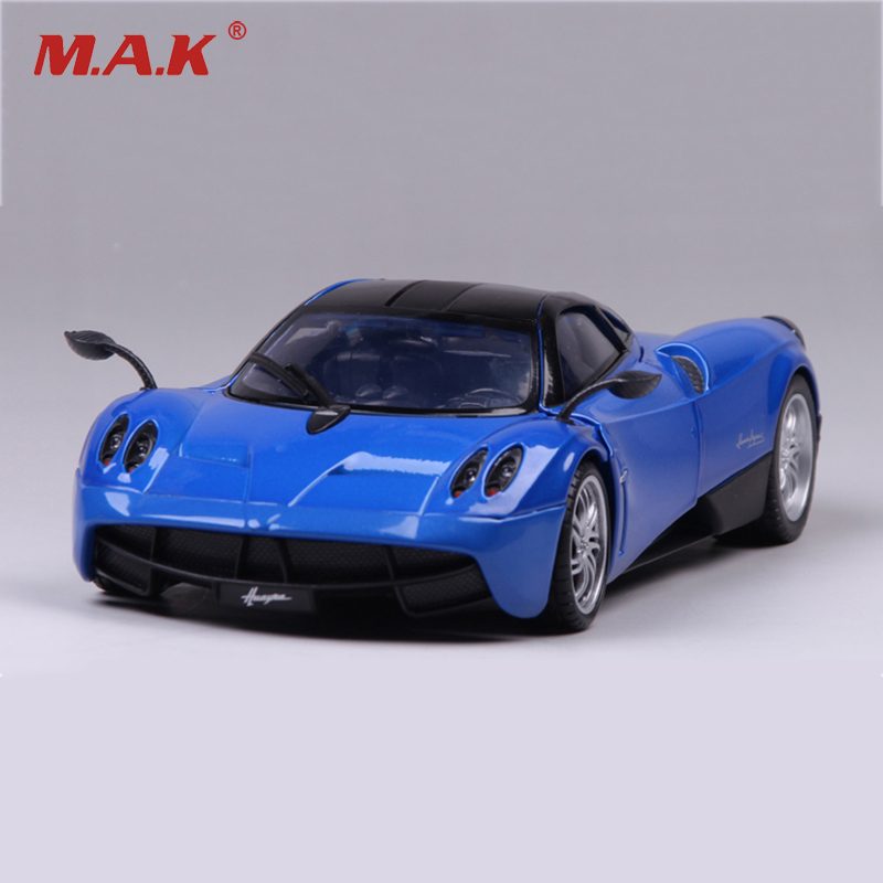 1/18 Scale Pagani Zonda Sports Car  Red and Blue Color Alloy Diecast Model Vehicles Toy for Collections welly gta pagani huayra 1 18 zonda original simulation alloy car models furious 7 need for speed supercar gull wing doors