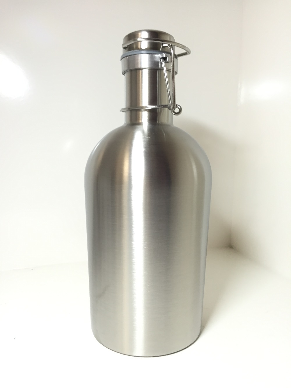 64 Best Ideas About Tarot The World On Pinterest: Stainless Steel Beer Growler 64 Oz,Swing Top Beer Growler