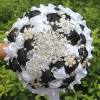 Popular Black White Rose Flower Bride Holding Bouquet Wedding Diamond Pearl Beaded Brooch Bouquet Wedding Flower PL001 2