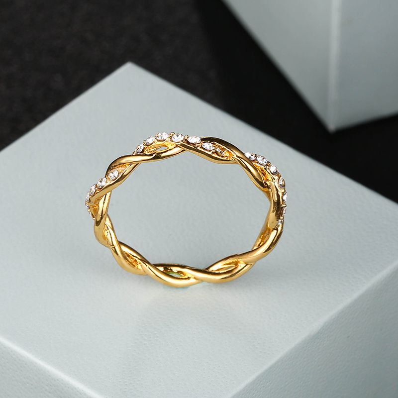 Hot Sale 1PC Trendy Silver Rose Gold Color Classical Twist Rope Cubic Zirconia Finger Ring for Women Fashion Wedding Gift Rings 5