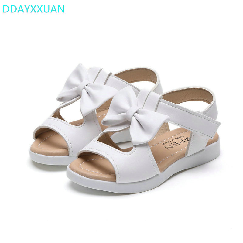 Girls sandals 2017 New Summer Kids sandal Bowtie Children Shoes for girl fashion baby Girls Flat princess beach Sandals arguing about empire