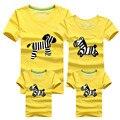 1Psc Familia Trajes A Juego Camiseta de Tela Para El padre la madre del bebé 2016 ropa de Verano de la familia padre madre hija hijo Ropa