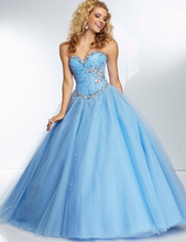 Quinceanera Dresses 2017 Debutante Gowns Custom Made Beaded Appliques Sequins Sweetheart Neck Prom Party Dress