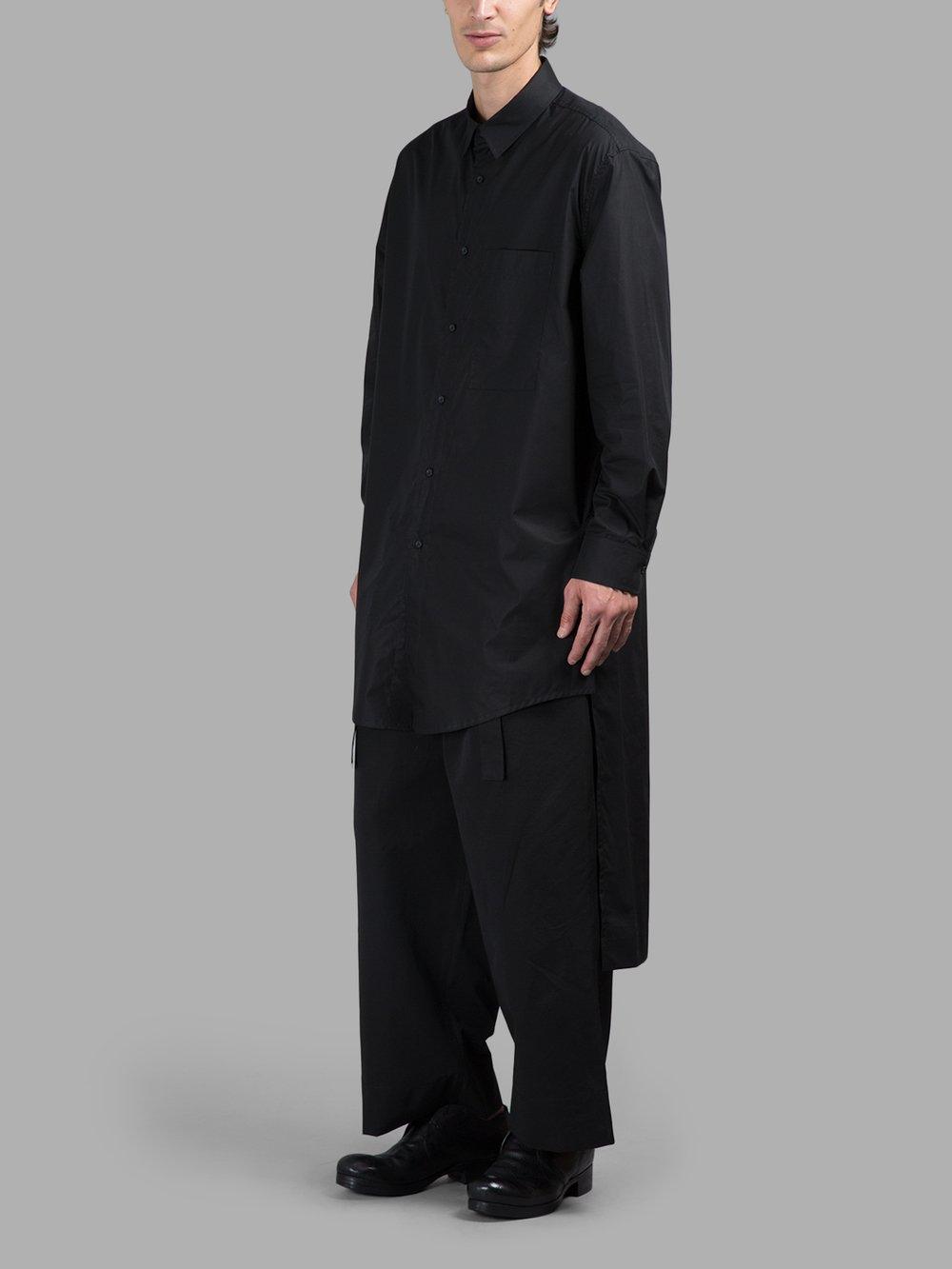 2018 Chun xia hommes et femmes avec la personnalité asymétrique chemise courte après il y a longtemps les vêtements de la chanteuse t