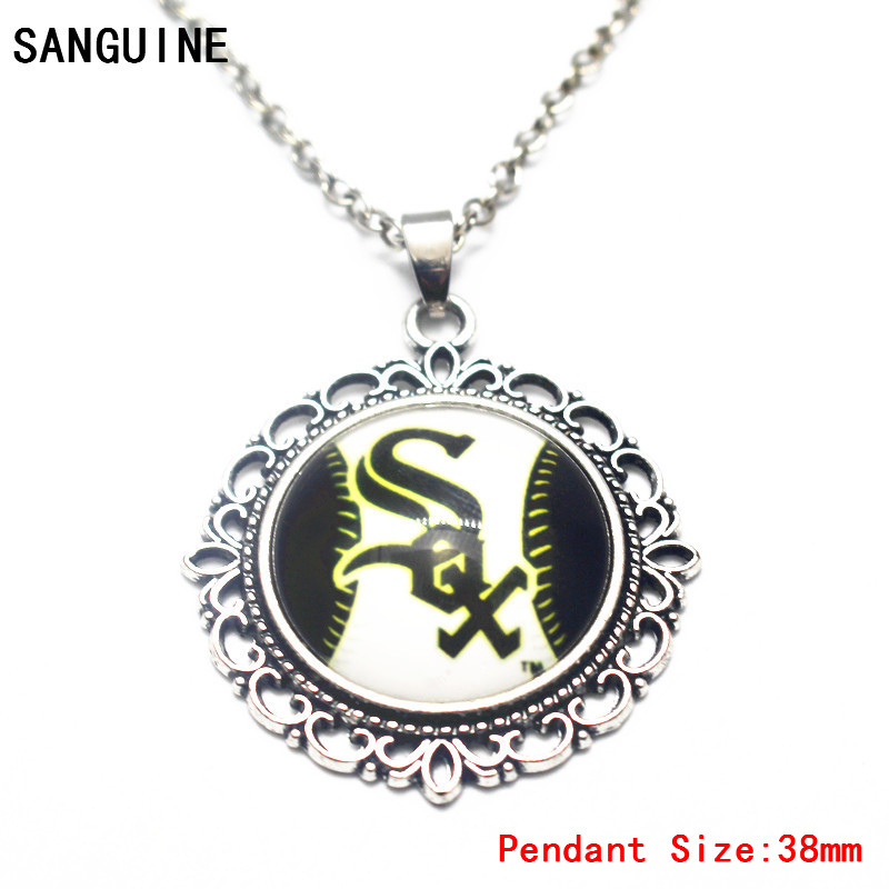 Baseball Chicago White Sox Glass Pendant Necklace Vintage Round Dangle Charms With 50cm Chain For Sports Necklace Jewelry