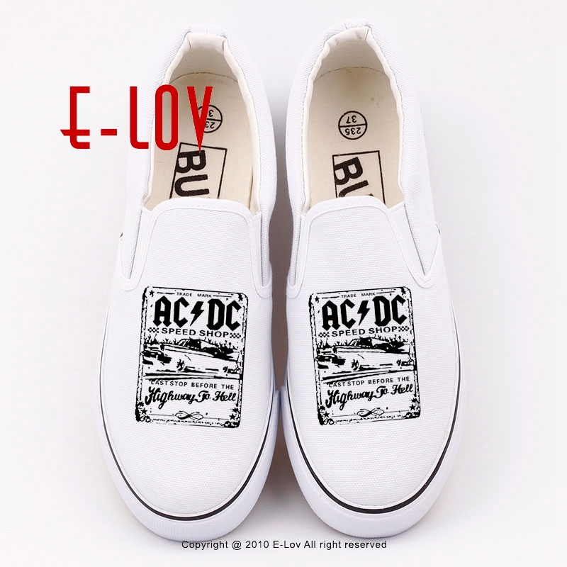 2017 Summer New Fashion Camisetas AC/DC Graphic Printed Canvas Shoes Women's Casual Flat Shoes Hip Hop Streetwear Shoe printed assassins creed canvas shoes fashion design hip hop streetwear unisex casual shoes graffiti women flat shoe sapatos