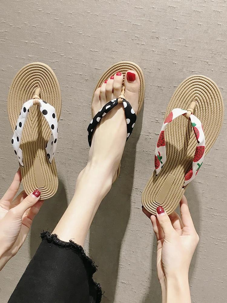Sandal Jepit Wanita 2019 Musim Panas Baru Siswa Korea Versi Dipakai Liar Flat Gelombang Strawberry Sandal Sandal Jepit Aliexpress