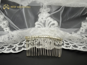 Image 5 - Real Photos 3M White/Ivory Beautiful Cathedral Length Lace Edge Wedding Bridal Veil With Comb Wedding Accessories MD3084