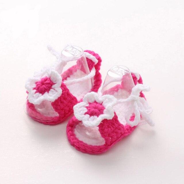 0f121734c الأحذية الكروشيه الطفل اليدوية الكروشيه بيبي النعال الرضع طفل بنات سرير  أحذية مع زهرة ل الوليد