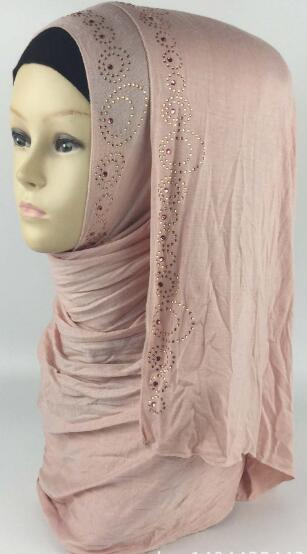 93 84usd 20pcs bag New High quality beading muslim jersey scarf hijab cotton solid color elasticity