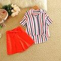 2016 Nuevas Mujeres Rayas Camisetas + los Cortocircuitos Fijados Verano Bowknot Pant Trajes Casual de Las Señoras Camisa + Pantalones Cortos Conjuntos