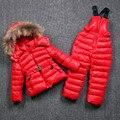 Invierno de la marca de Ropa para Niños Abrigo de Piel Hacia Abajo de Algodón Natural + Overalls Ruso Niños Snowsuit Niños de Esquí a prueba de Viento Caliente traje